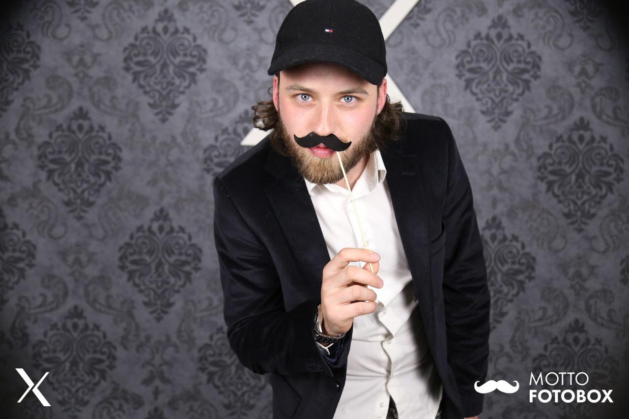 Motto Fotobox - Firmenevent / Feier - Schnurrbart Mustache Accessoire